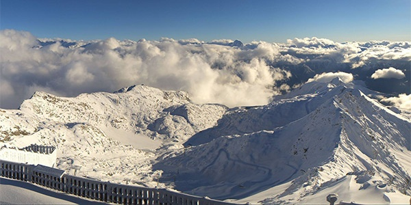 Massivt snefald i Alpe d'Huez