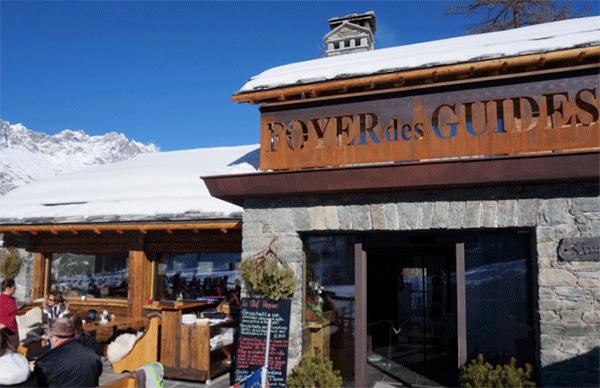 Entren til Foyer des Guides