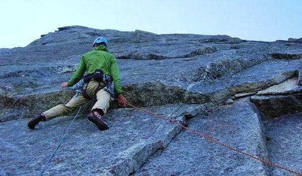 I Tignes er der mulighed for at proeve kraefter med bjergklatring for nybegyndere