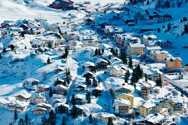 Obertauern er bygget op omkring pisterne