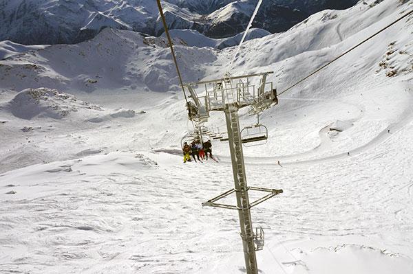 Tror-du-ikke-paa-at-verdens-smukkeste-loeb-findes-i-Alpe-d_Huez-Se-herover