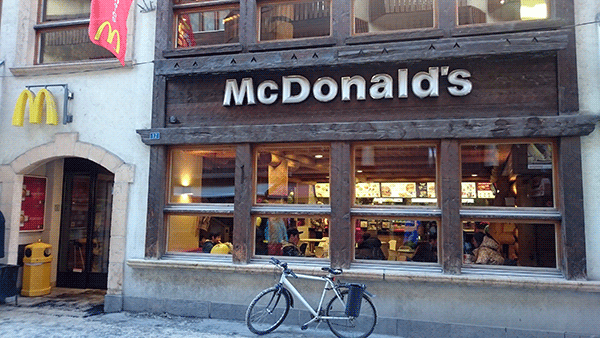 McDonalds i Alperne.